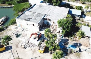 Demolition  begins at the  old Fishery: 'Village & Marina    at Boca Grande'   construction to begin in 2019