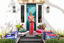 Nationally-known designer Lucy Penfield on her way to Boca Grande